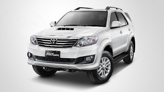 Harga dan Spesifikasi Toyota Fortuner 2013