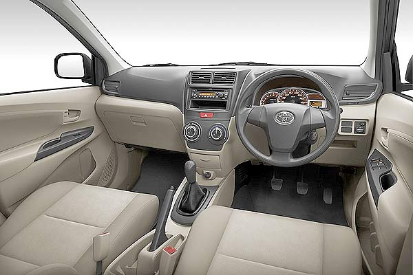Toyota New Avanza Veloz 2013 Interior
