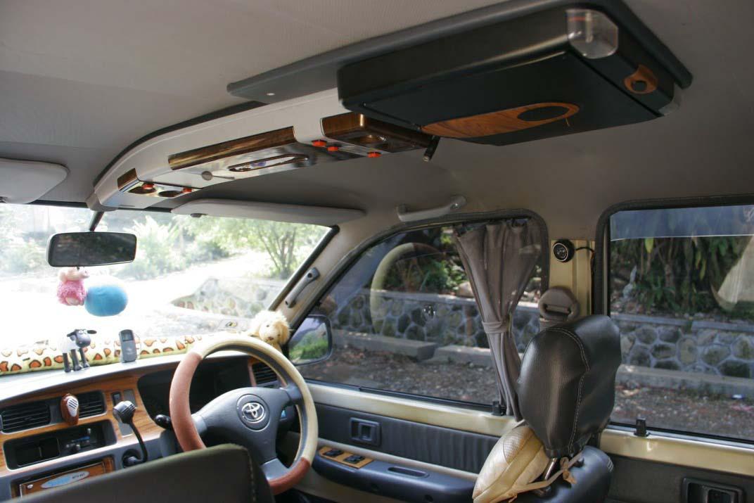 Gambar Modifikasi Mobil Kijang interior