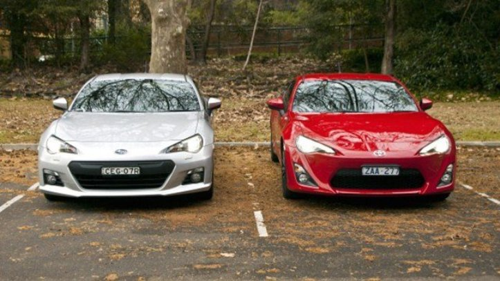 Perbedaan Toyota FT 86 dengan Subaru BRZ