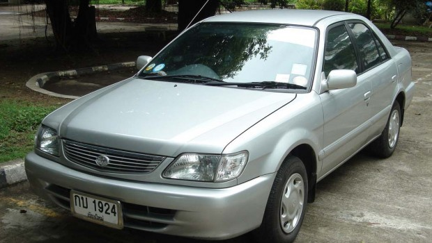 Mobil Toyota Soluna GLi 2000 harga 60 - 75 jtan