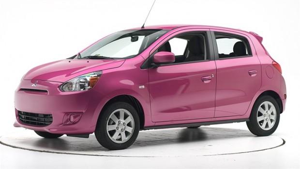 Mitsubishi mirage pink mobil irit bensin
