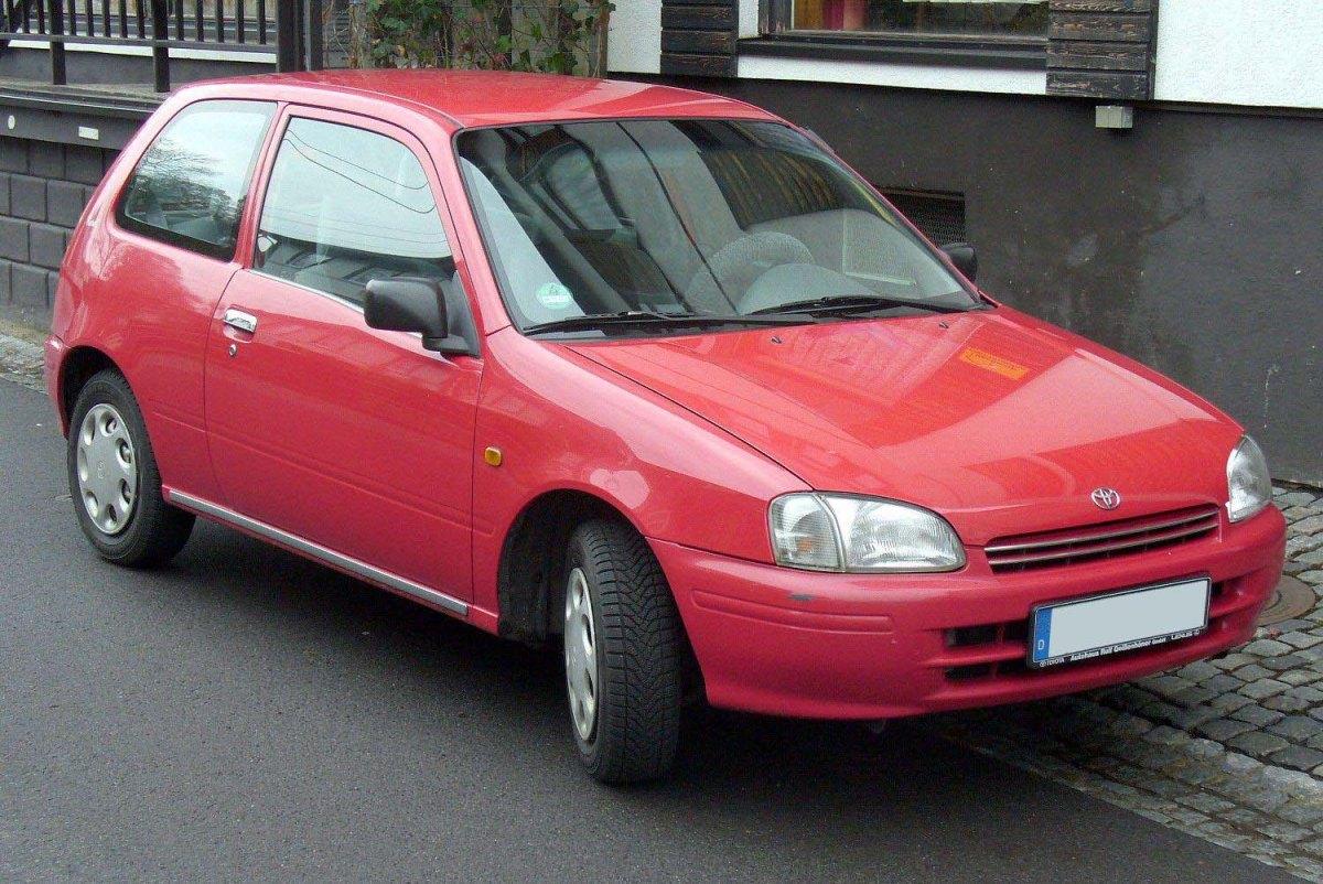 Toyota Starlet 1992 warna merah harga 50 jutaan