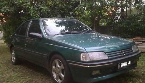 Mobil Sedan bekas berkualitas puegeot 405 Sti tahun 1994