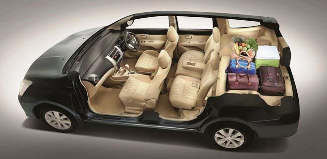 interior mobil Nissan Grand