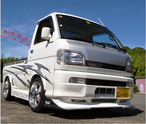 gambar modifikasi mitsubishi l300 pick up kreatif warna putih