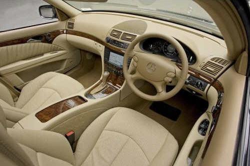 cara melapisi dashbor mobil dengan kulit
