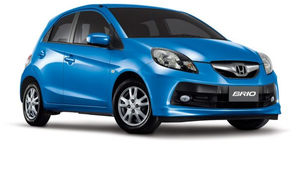 Honda Brio 1300 cc biru
