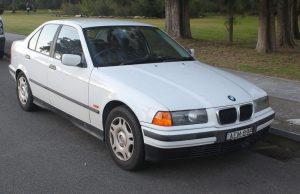 Mobil sedan Bmw second BMW 318i E36