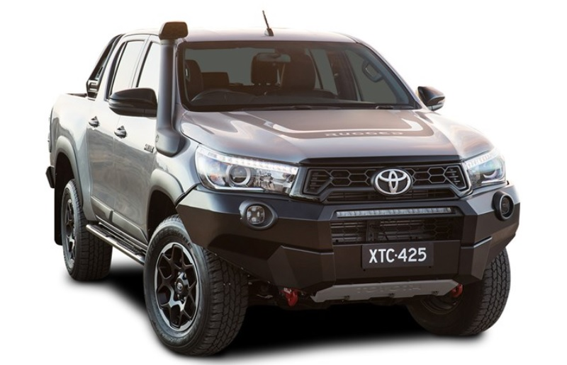 Review Mobil Pickup Toyota Hilux Rugged X 2020